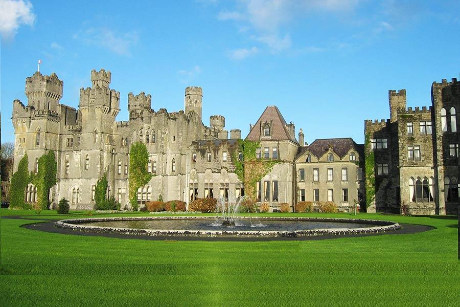 Ashford_Castle_in_County_Mayo